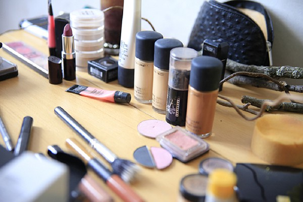 Mac wedding day make-up