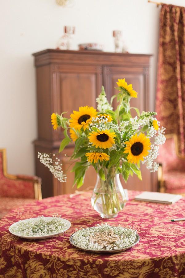 Sunflower inspired wedding