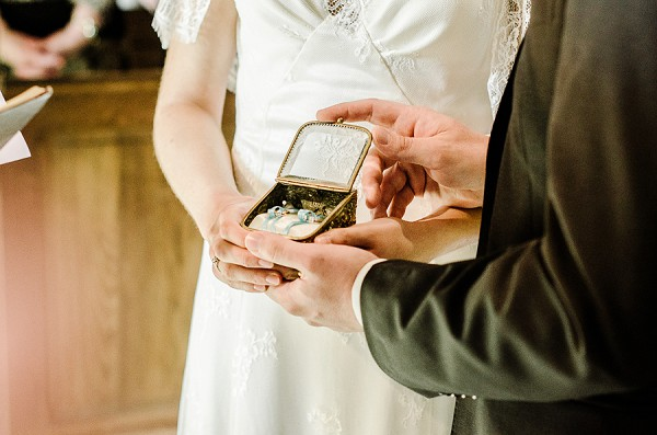 Unique ring box wedding