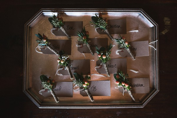 Rustic buttonhole ideas