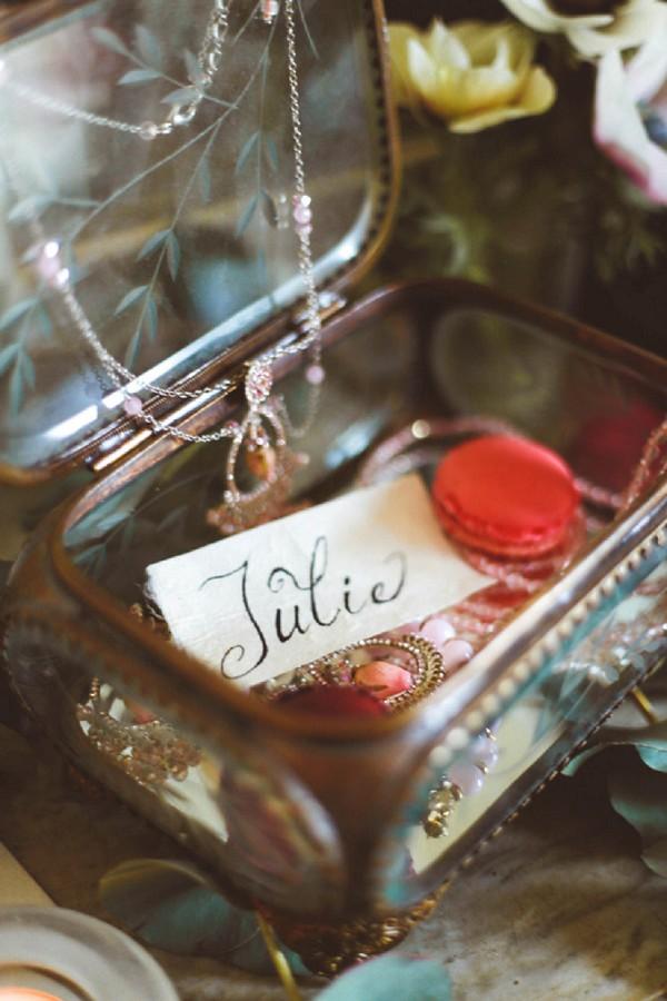 Saoya wedding jewelry