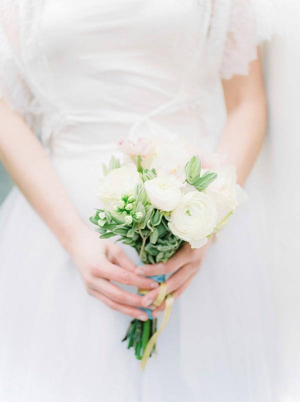 ranunculus wedding bouquet