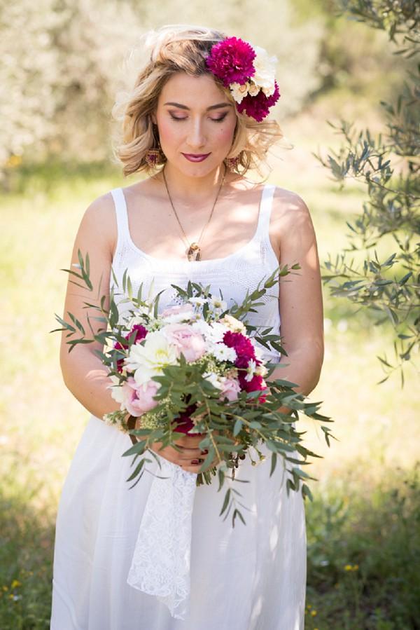 voluminous wedding bouquet