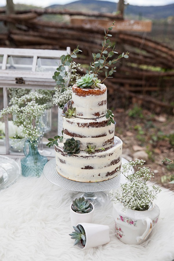 3 tier rustic wedding cake