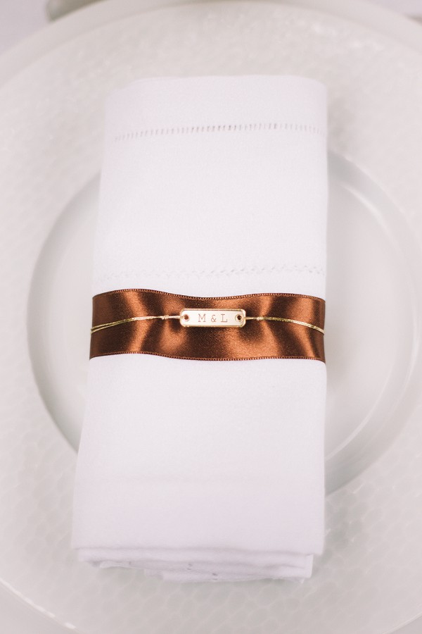 Chic napkin wedding ideas