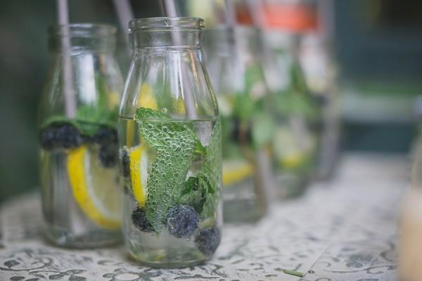 Cute wedding drinks