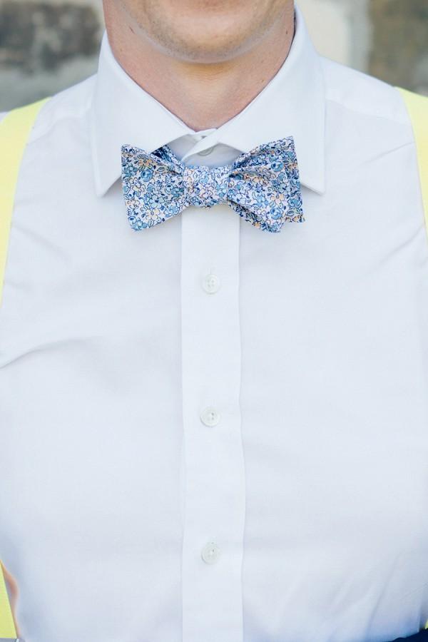 Floral wedding bow tie