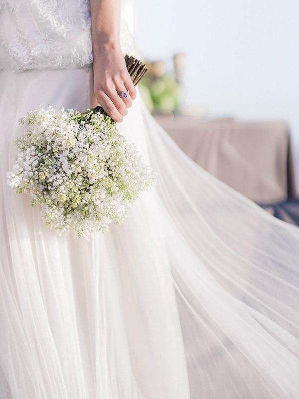 Stunning wedding ring amethyst