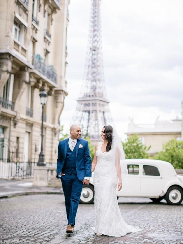 Classic car paris wedding