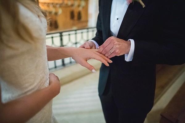 Custom brides wedding ring
