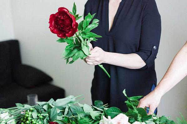 Blousy bridal bouquet
