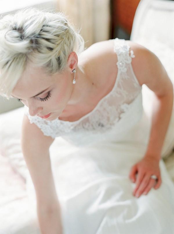 Elegant bride hair and make-up