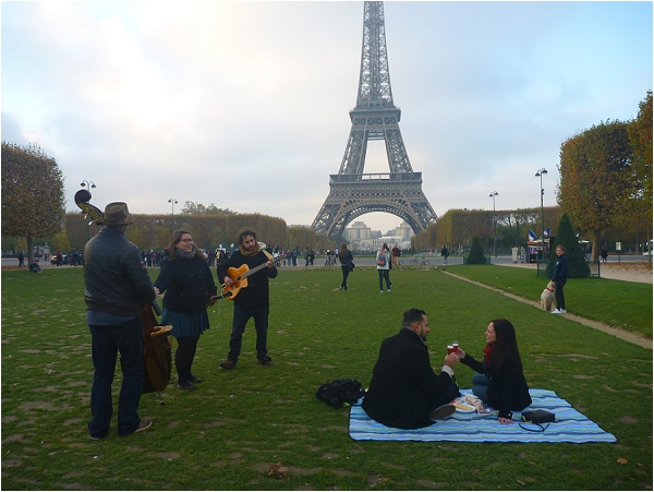 Musical Surprise Proposal in Paris