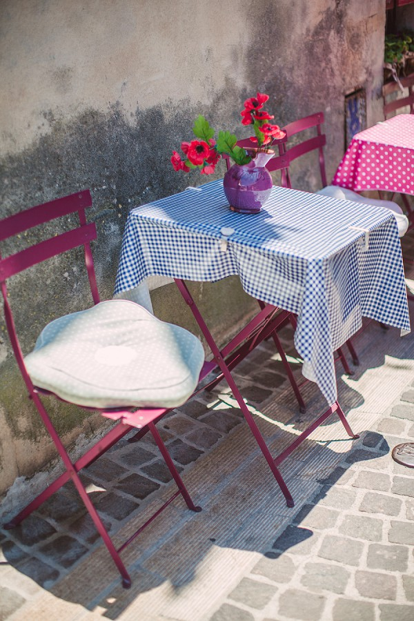side street cafe French Riviera