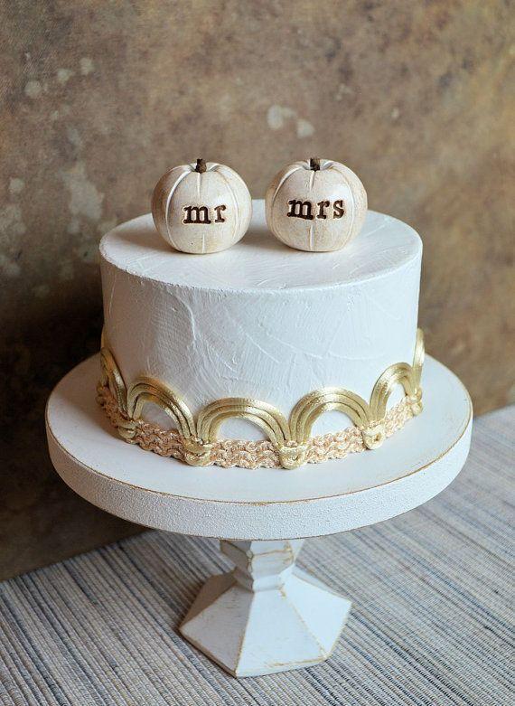 Wedding cake topper...mr mrs pumpkins