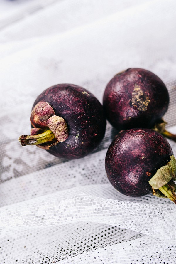 purple inspired styled shoot