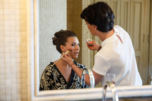 Bridal mirror photo