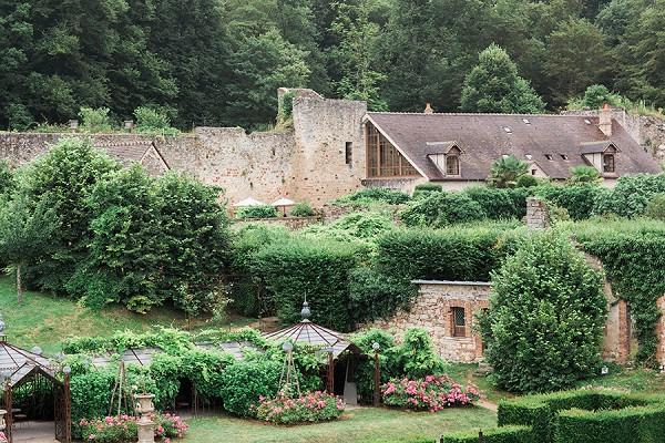 Burgundy countryside wedding venue