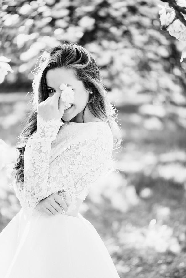 Cute bridal inspiration shoot