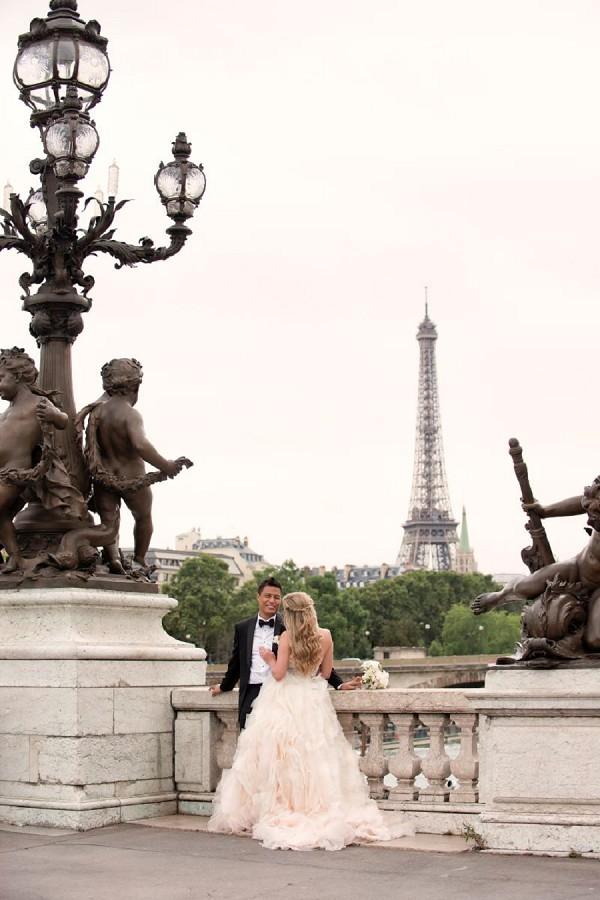 Elopement Romance in Paris April Paolo