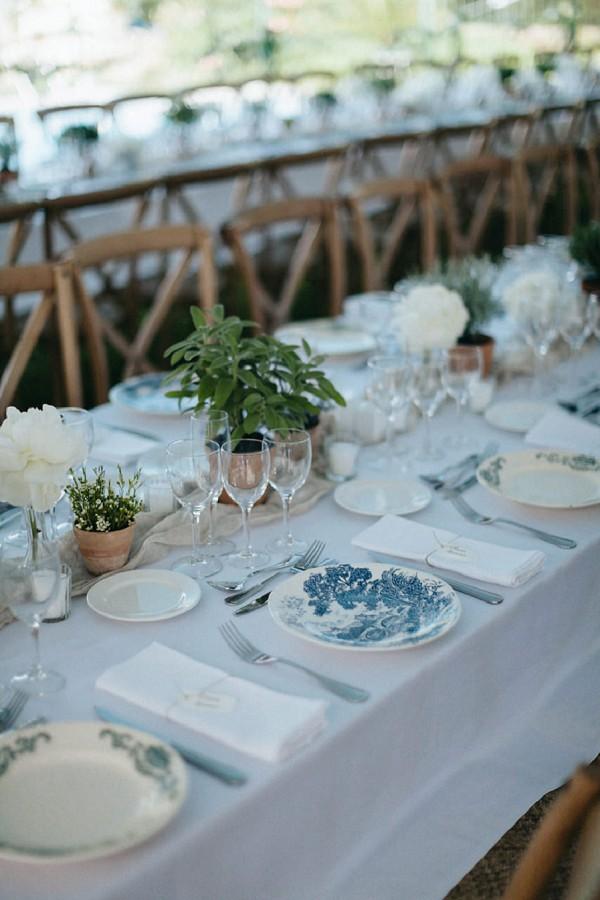 mix and match wedding crockery
