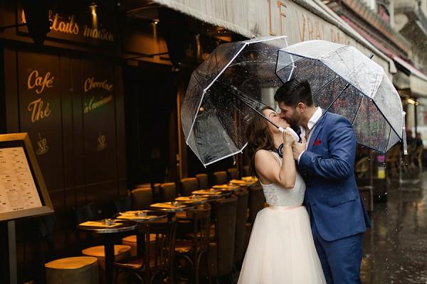 rainy photoshoot in paris