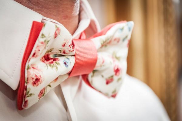 Agathe vous gâte bow tie
