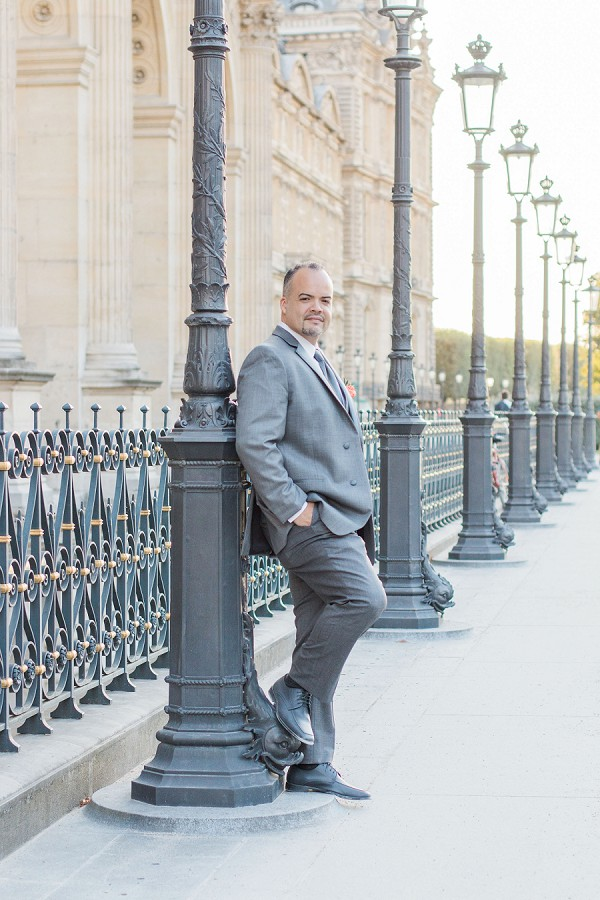 Paris groom portrait