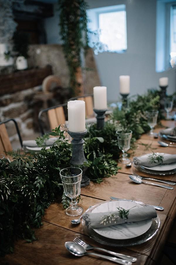 greenery table decor