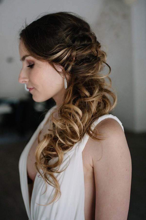 loose curl wedding hair idea