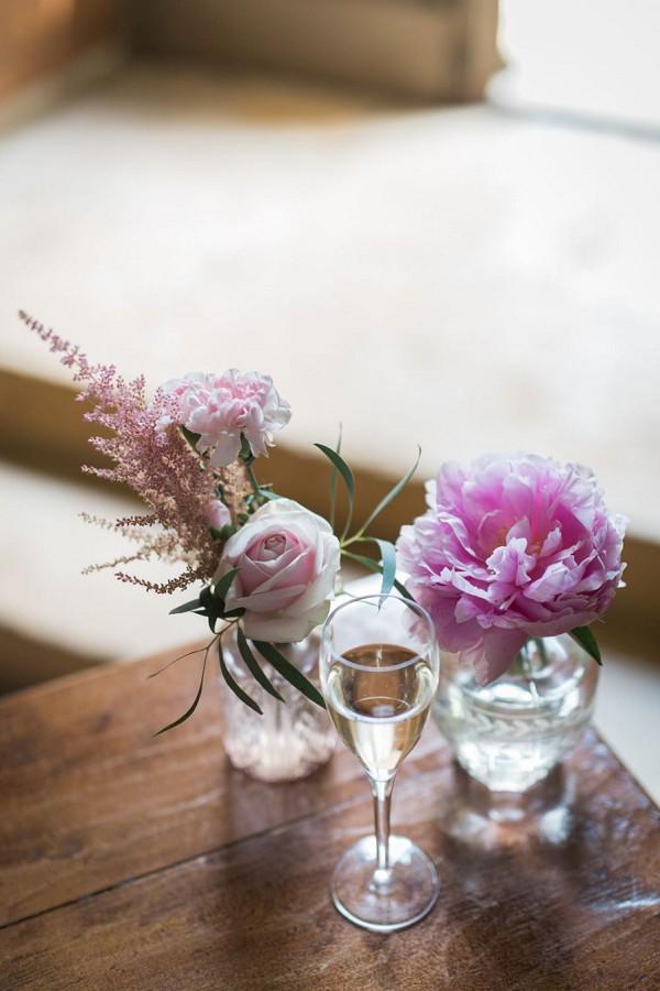 pink wedding floral arrangments