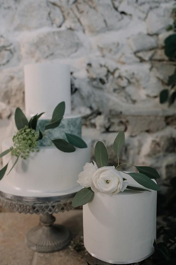 simple iced wedding cake