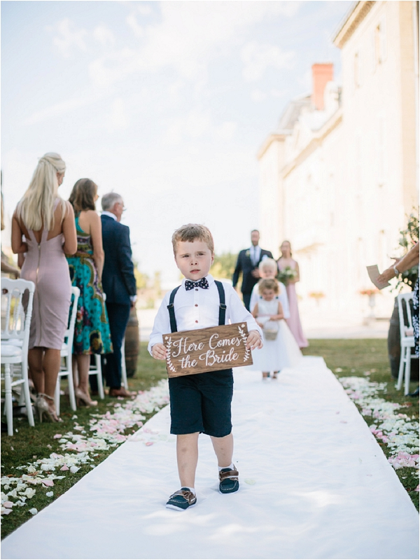 Here comes the bride sign | Image by Ian Holmes Photography