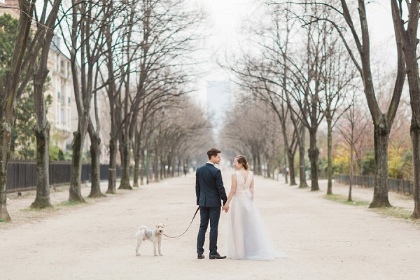 Romantic Paris couple shoot