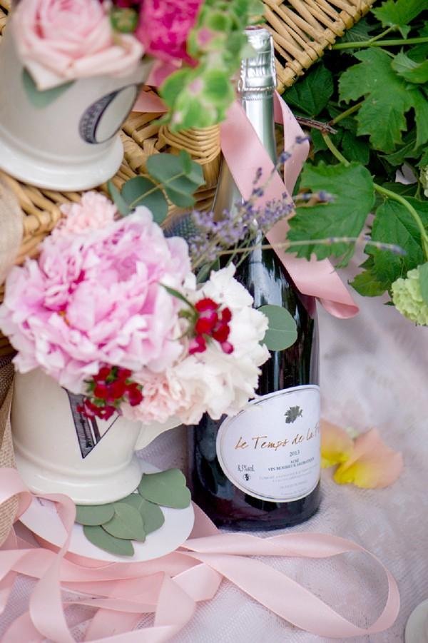 pink champagne wedding
