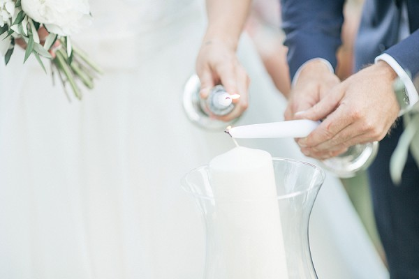 Candle wedding ceremony tradition