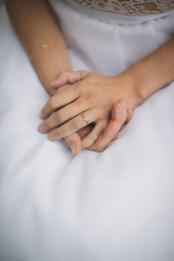 Delicate wedding ring