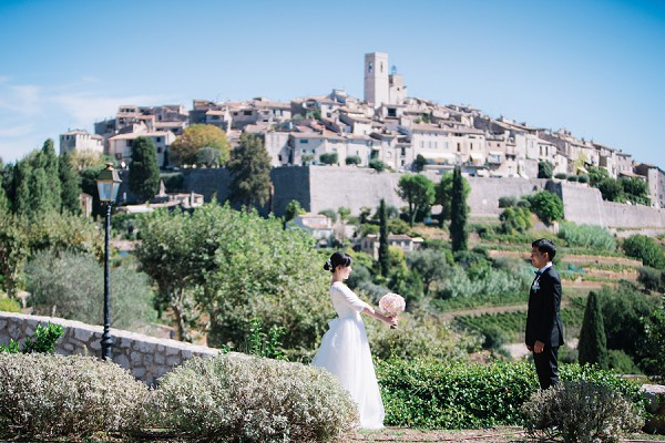 First look provence wedding