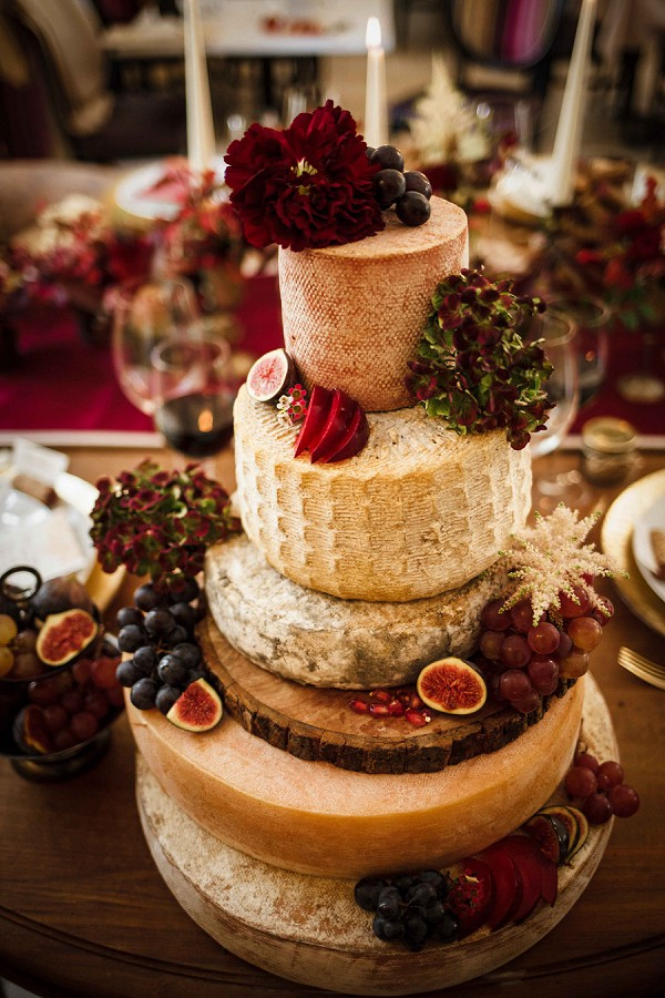 Luxury Cheese Wedding Cake
