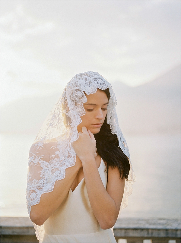 lake como bridal style by Make up ArtistMel Kinsman, image by Celine Chhuon photography