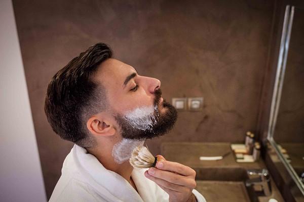 groom beard wedding
