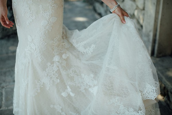 lace Pronovias wedding dress