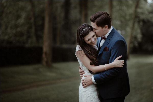romantic couple portraits for French Wedding | Image by Bianco Photography