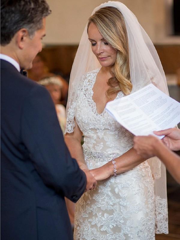 Beautiful lace edged veil