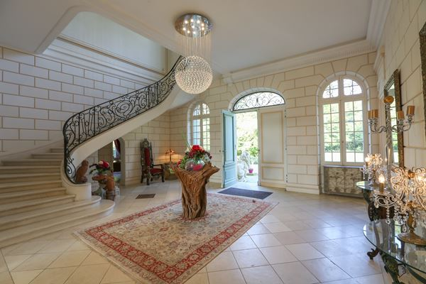 Chateau Le Lout French Wedding Venue