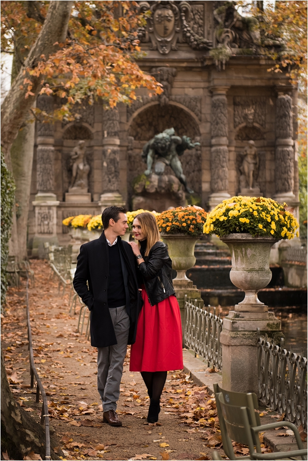 Engagement Photoshoot at Jardin du Luxembourg | Image by Shantha Delaunay