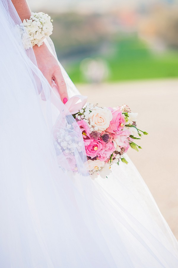 shades of pink wedding bouquet