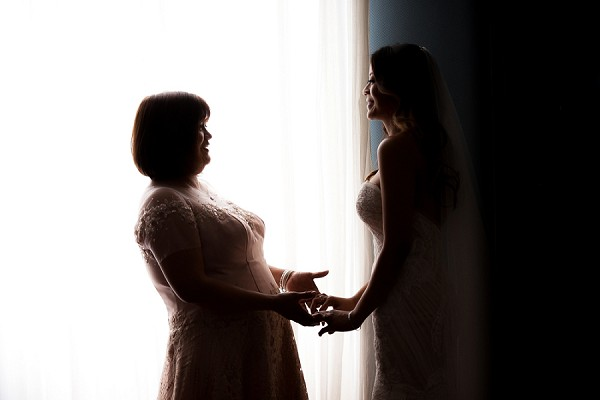 mother and daughter wedding picture