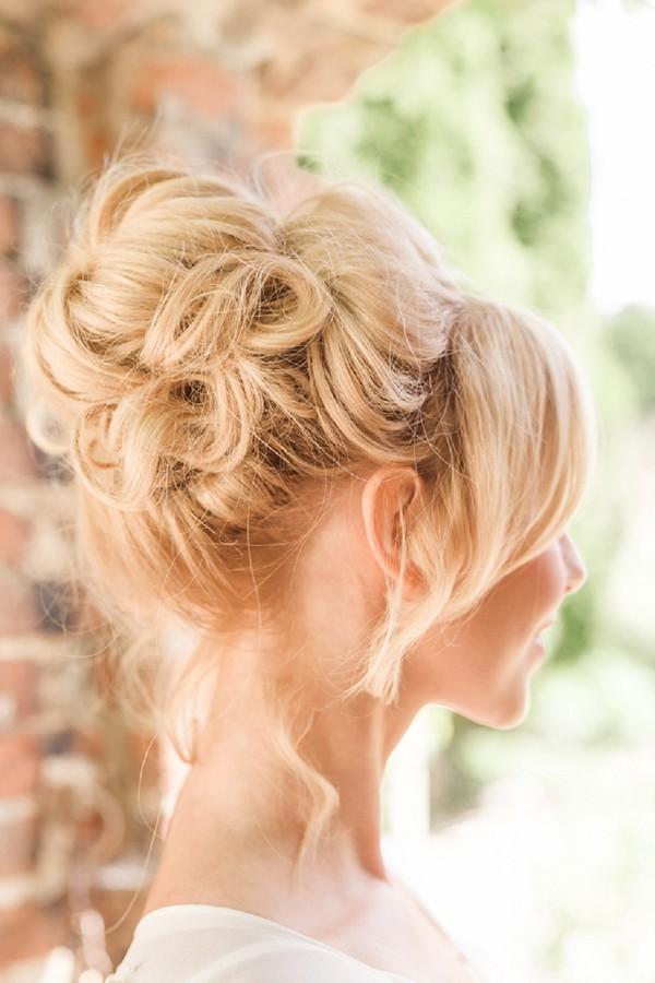 Pin Ups Bridal Hair