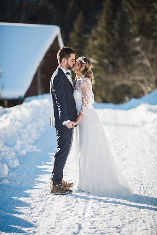 Rhône Alpes Le Gîte du Passant Winter Wedding